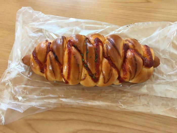 都島区三好パンのウインナーロール