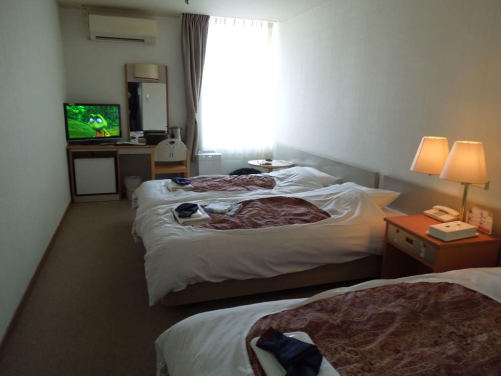 大江戸温泉物語箕面観光ホテルの洋室