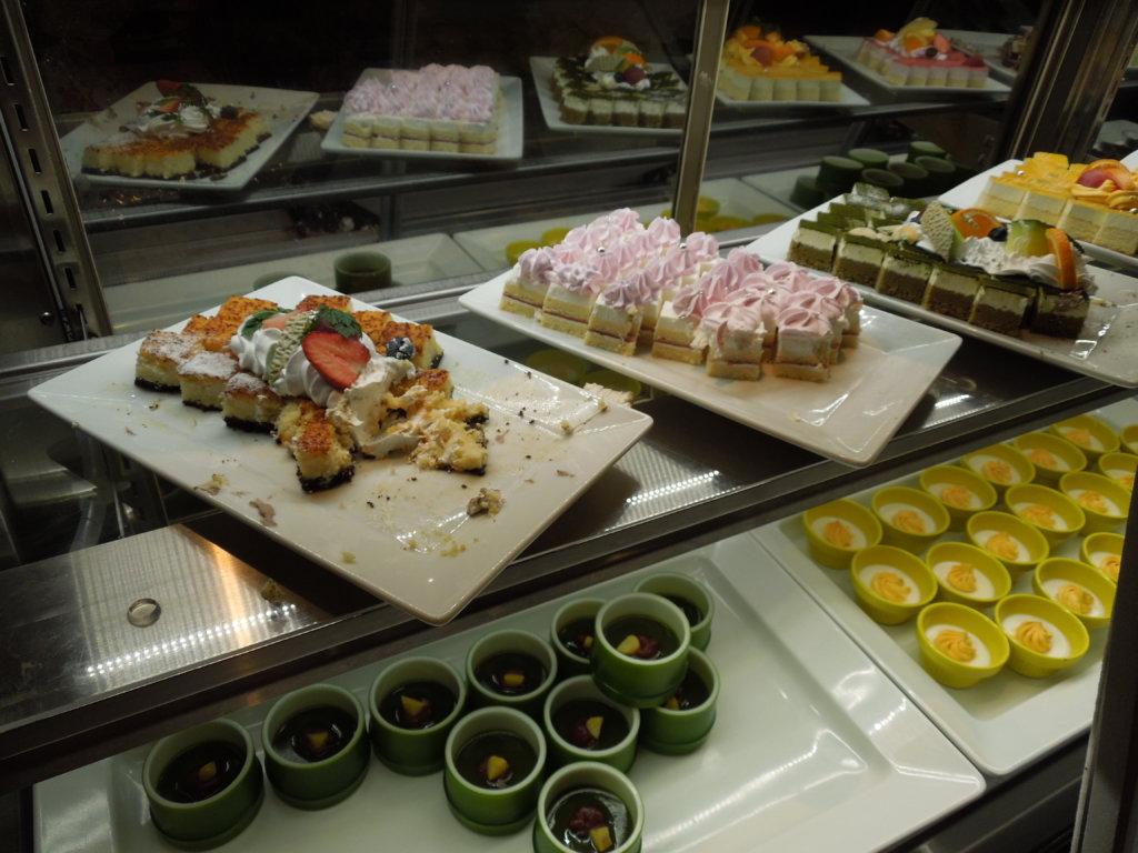 大江戸温泉物語 箕面観光ホテルのデザート