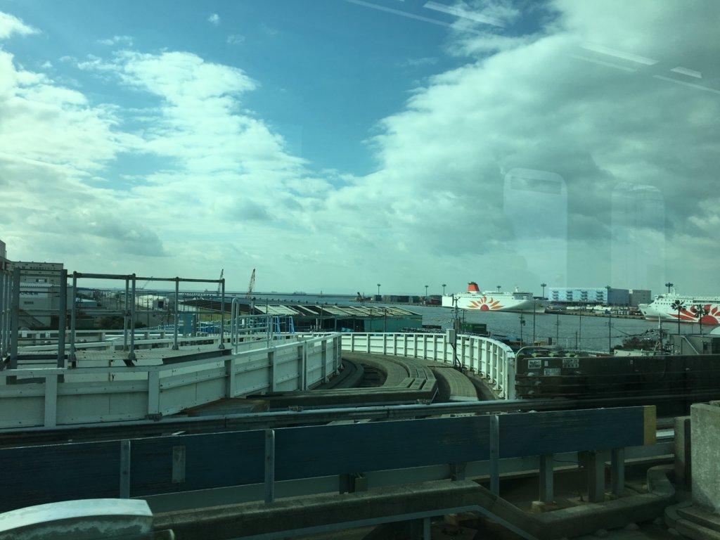 南港ポートタウン線(ニュートラム)からの景色