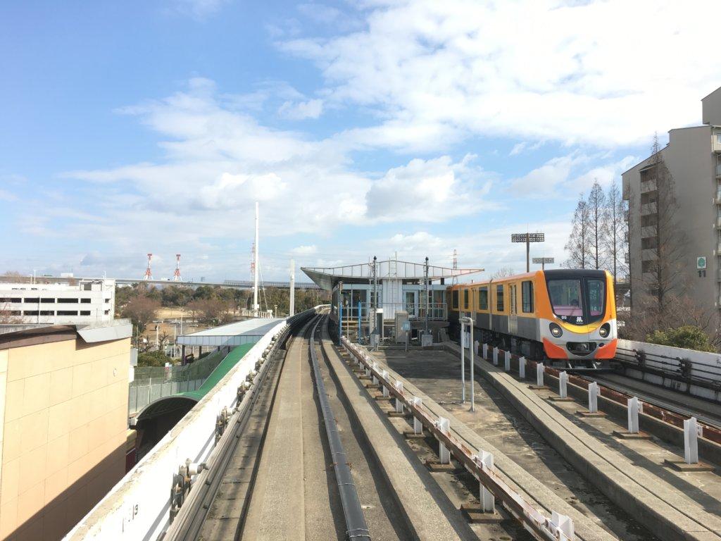 南港ポートタウン線(ニュートラム)オレンジ色