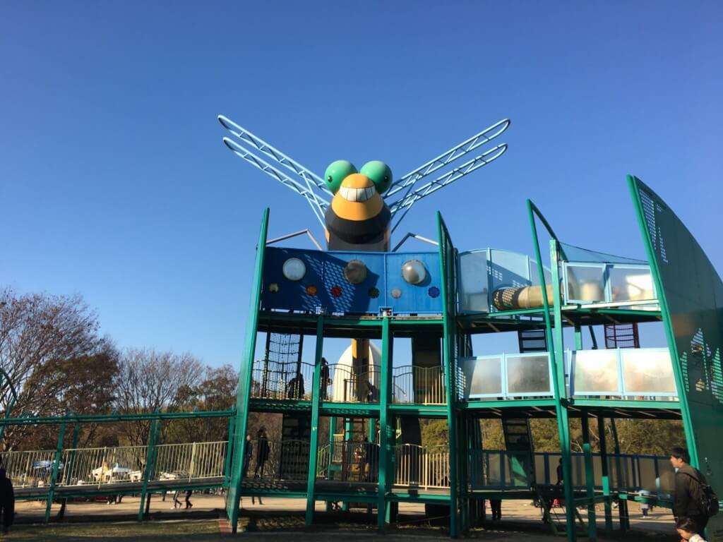 蜻蛉池公園のトンボの遊具