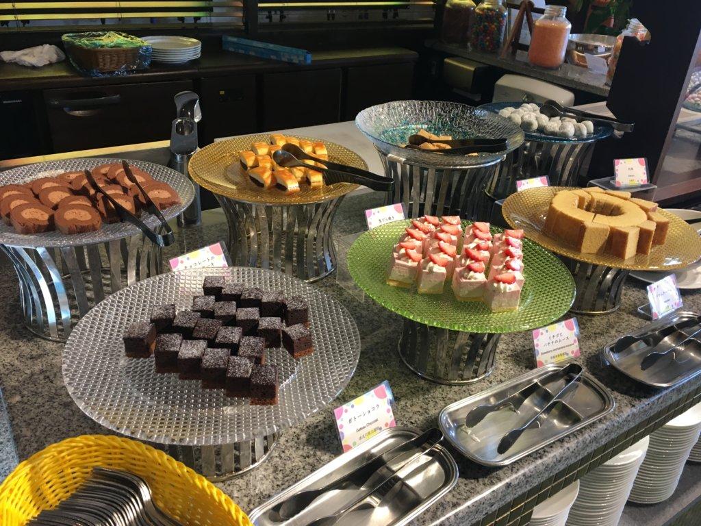 ホテルユニバーサルポート リコリコのデザートケーキ