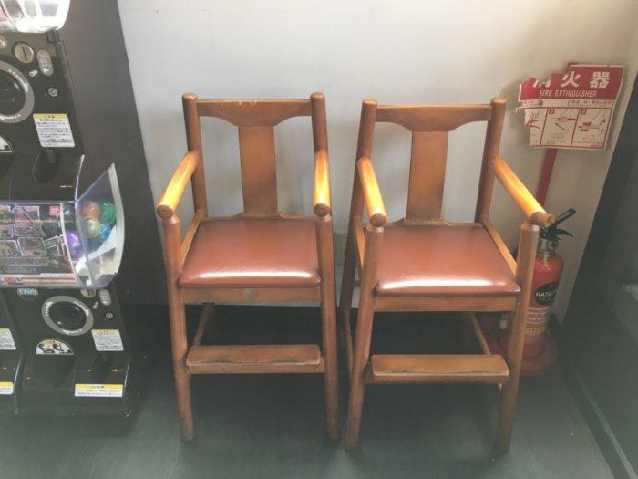 ヤキタテイ宝塚あいあいパーク店の子供椅子