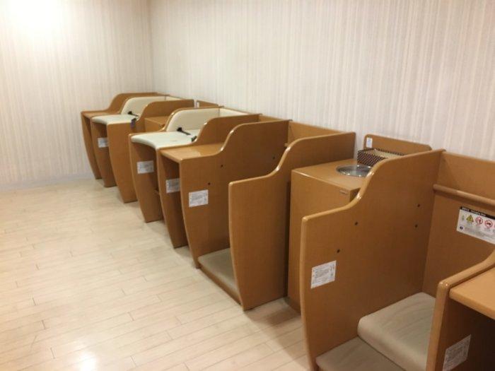大丸梅田10階ベビーサロン、おむつ替えスペース