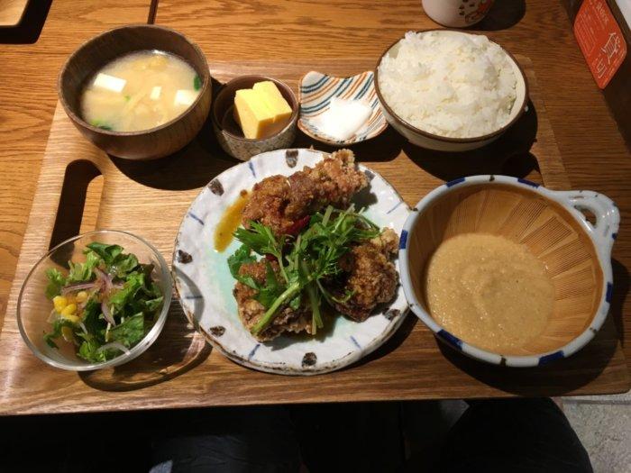 kawara CAFE&DINING天王寺ミオ店唐揚げとトロロ定食