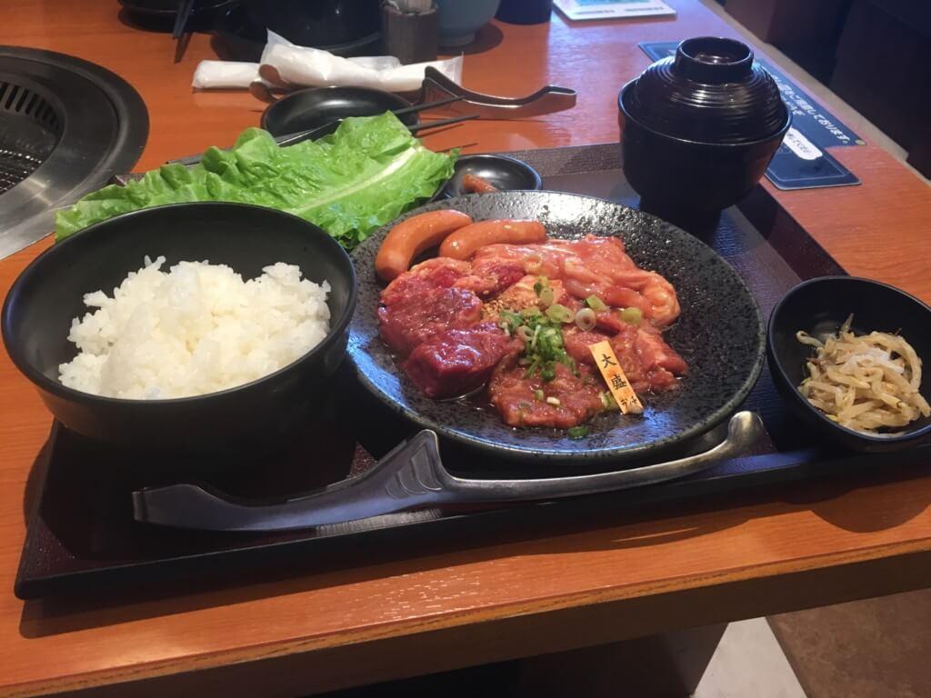 焼肉特急岸和田店のランチメニュー大盛ランチ
