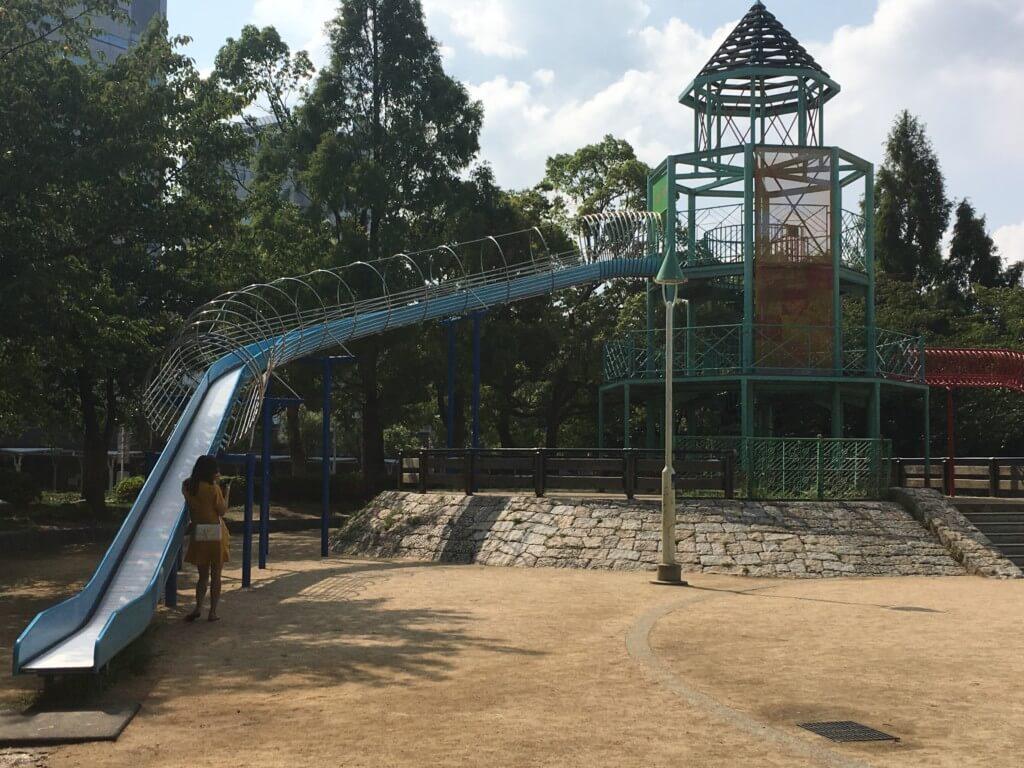 大阪城公園の遊具 子供天守閣