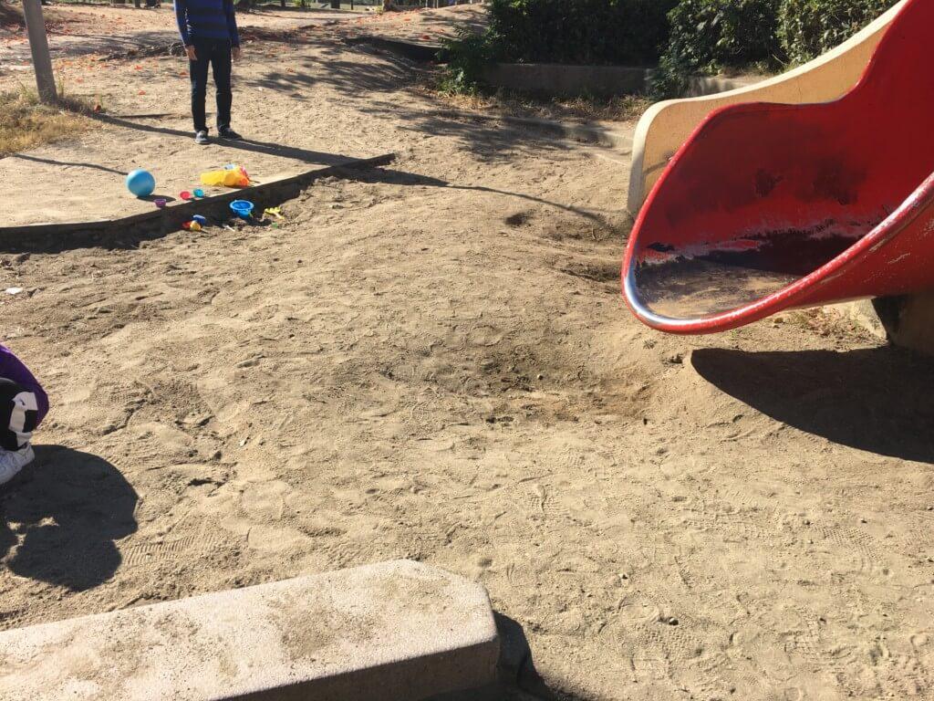扇町公園の遊具、砂場