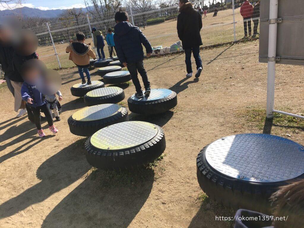 花園中央公園の大型遊具