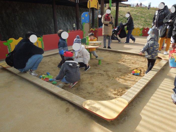 伊丹スカイパークの乳幼児向け遊具