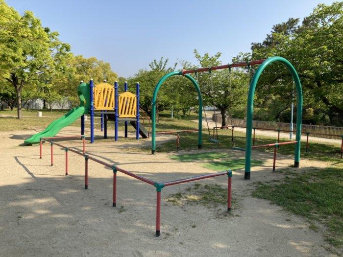 城北公園の遊具