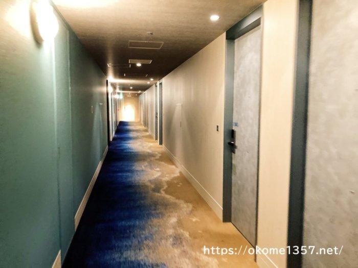 ホテルユニバーサルポートの廊下
